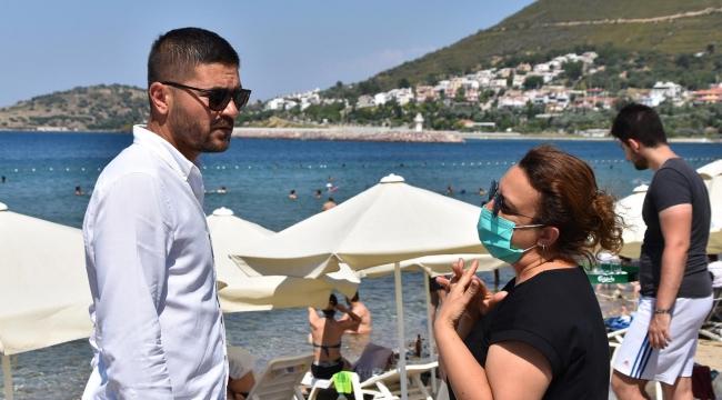 Başkan Fatih Gürbüz, Yeni Foça sahilinde incelemelerde bulundu