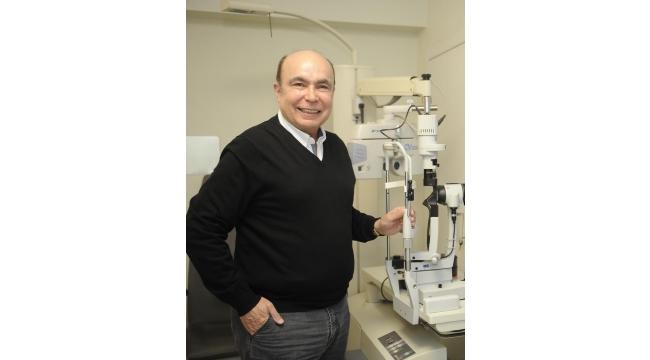 Kaşkaloğlu Göz Hastanesi Kurucusu Prof. Dr. Mahmut Kaşkaloğlu: Nüfus yaşlandıkça katarakt ameliyatı daha çok yapılıyor