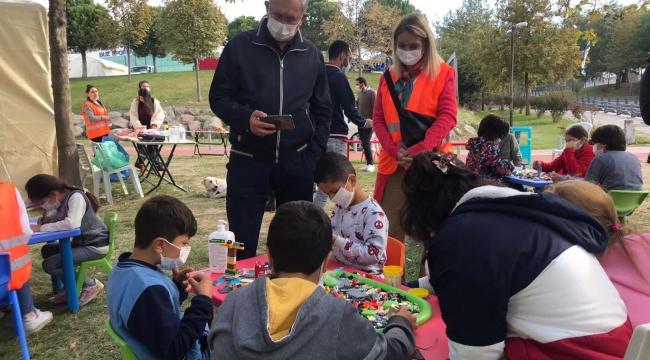 Çadırkent'te çocuklar için oyun alanı kuruldu