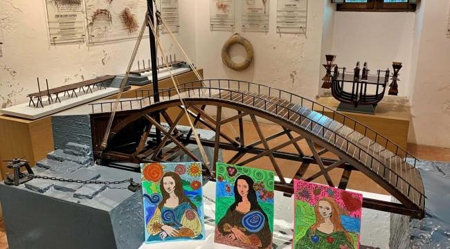 (Foto Galerili Haber) Piri Reislilerin resimleri Da Vinci'nin evinde