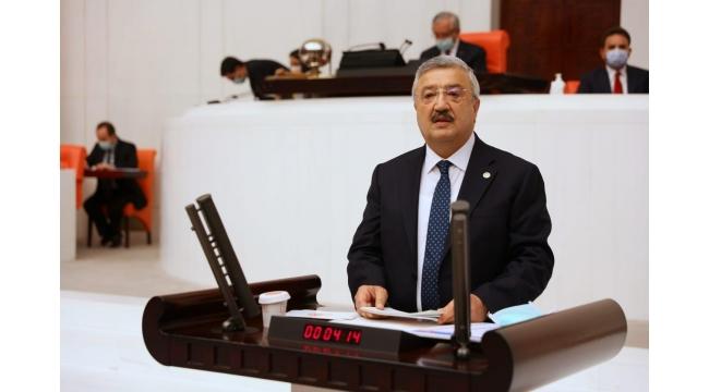 """AK Parti İzmir Milletvekili Necip Nasır: """"DEPREM SİYASİ MALZEME KONUSU YAPILAMAZ"""""""